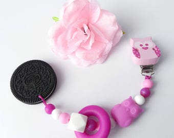 Biting chain silicone Oreo Cookie with motif OWL