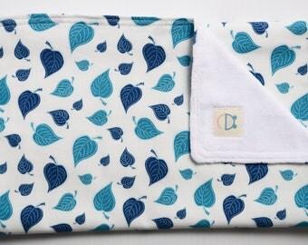 Shoulder towel