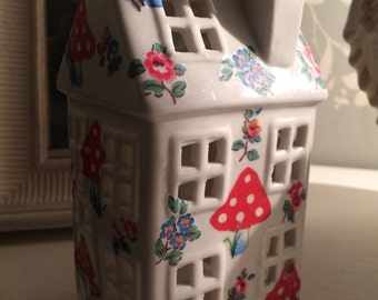 Ceramic Hand decorated tealight town house