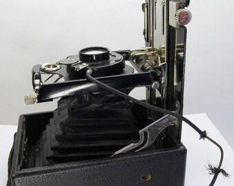 antique camera THORVE