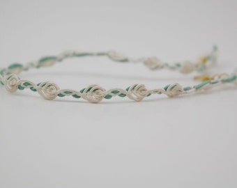 Cream and light green flower vine choker