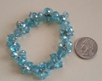 Shiny turquoise stretch bracelet