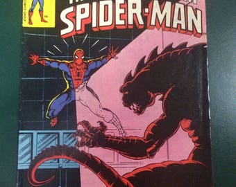 The Spectacular Spider-Man # 32 Comic by Marvel