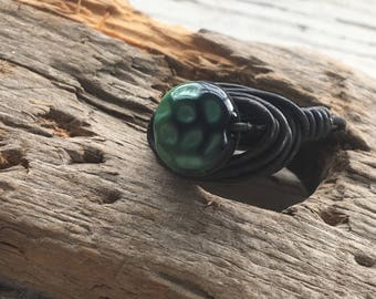 ring wire wrapping with vintage glass bead