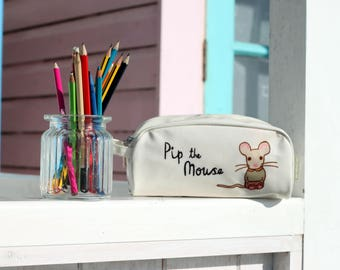 Cream Countryside Mouse Children's Pencil Case with Zipper and Carry Handle Back To School Studying Gift