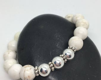 Large White and Silver Bead Bracelet