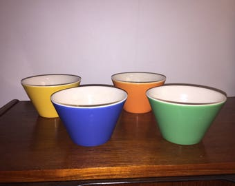 Bowls - set of 4 John Tams small bowls (England)