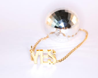 YES small mirror necklace