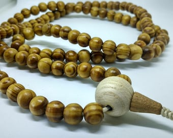 MINIMALISTIC: 108 wood mala for meditation (10.2 mm)