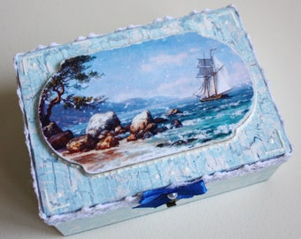 "Wooden box ""dreaming of the sea"" Handmade Jewelry box Wood box Housewares Kitchen Home decor Decoupage Shabby Natural Original"