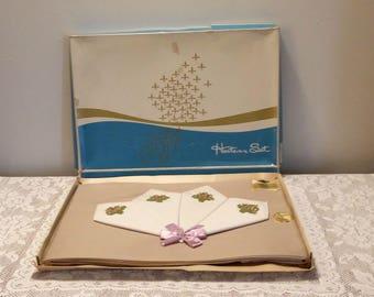 Vintage Empress Tablecloth Set