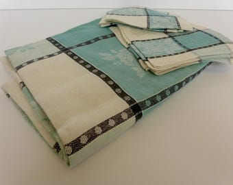 Vintage Tablecloth & Napkin Set