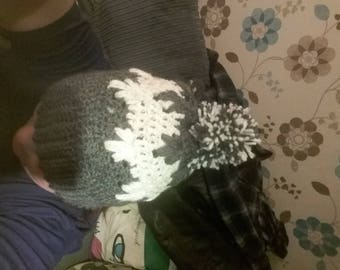 Patterned winter hat