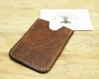 Card holder leather Celtic pattern