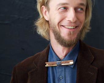 Man wooden bow tie