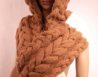 Hood scarf Handmade wool Brown woman