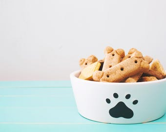 Organic, all natural, vegan dog cookies and treats | Fruits, veggies and peanut butter dog treats