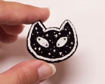 """Galaxy Cat Pin // Hand Embroidered // Handmade // Embroidery // Space // Kitty // 1.5""""x1.25"""""""