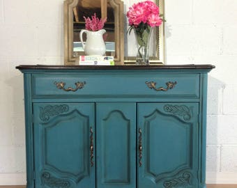 SOLD-If you are looking for something similar to this sold item, please contact me for a custom quote. Painted Server/Buffet