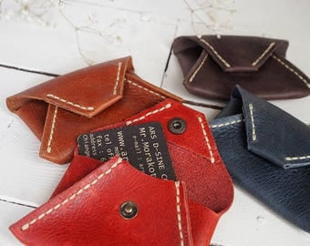 Enveloped shaped leather card case