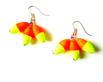 Earrings NEON BEAUTY -- Earrings, with neon pearls, orange / yellow by The Sausage