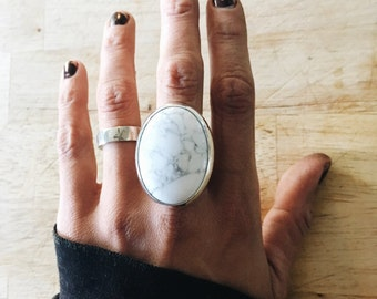 howlite for the times - soothing ring