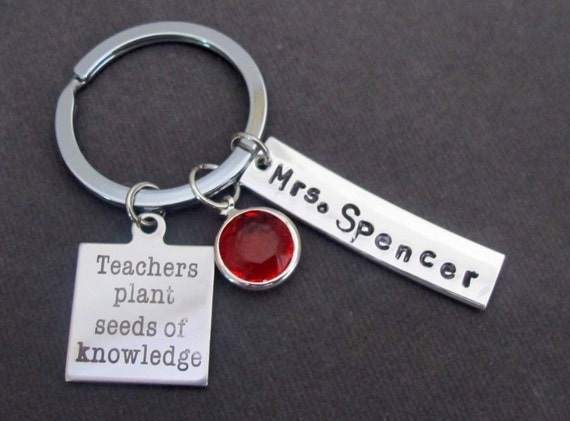 Teachers Plant Seeds of Knowledge Key Chain, Hand Stamped Keychain,Teacher Appreciation gift,Thank You Gift for Teacher,Free Shipping In USA
