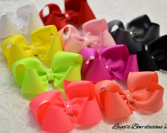 Custom Boutique Hair Bow - 4 sizes - Choose Your Color - small, medium, large, extra large - baby bow - toddler bows - no slip hair bows