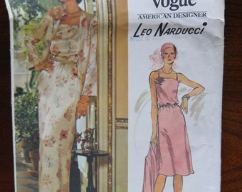 Vintage 70s Very Easy Vogue 1203 Leo Narducci Evening Dress Sewing Pattern size 10