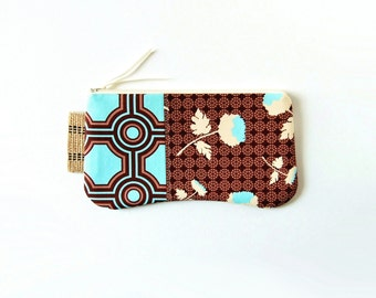 Clutch Purse Zipper Pouch Women's Handbag Chocolate Tossed Flowers, Joel Dewberry Ginseng
