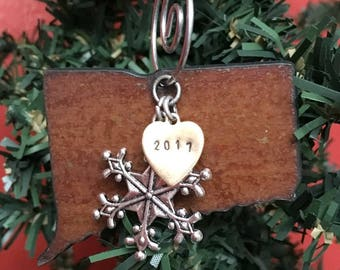 CONNECTICUT Christmas Ornament, CONNECTICUT Ornament, Christmas Gifts 2017, Personalized Gift, State Christmas Ornaments, CONNECTICUT