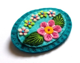Sweetheart felt brooch pin with freeform embroidery