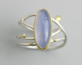 Natural Blue Chalcedony Silver Ring. Swirled Band US Size 7.