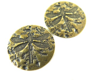 Antiqued Brass Dragonfly Specimen Circle Charms (4x) (M818-E)