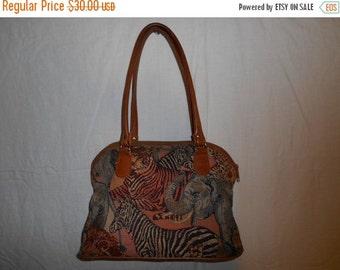 SALE Vintage purse with animals/ leather trim shoulder bag