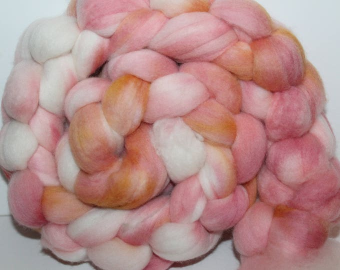 Kettle Dyed Super fine Merino Wool Top.  Soft and easy to spin. 4oz  Braid. Spin. Felt. Roving. M70