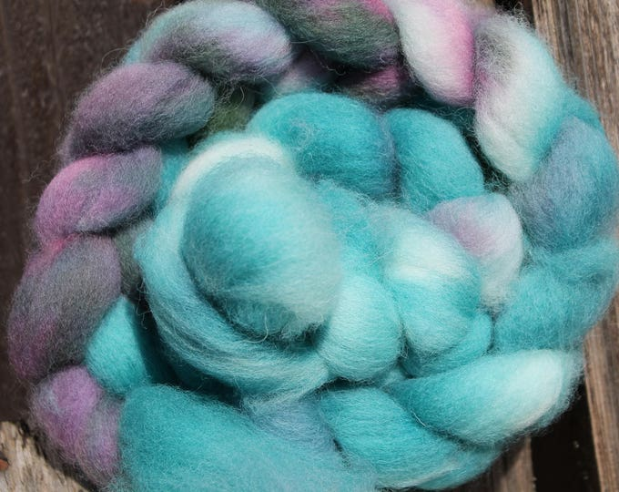 Kettle Dyed Cheviot Wool Top.  Easy to spin. 4oz  Braid. Spin. Felt. Roving. C99