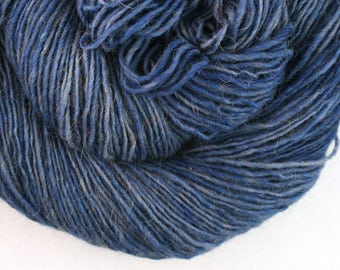 Olana fingering weight cormo alpaca angora blend yarn 300yds/274m 2oz/57g Kyanite