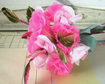 Mother's Day / Vintage Millinery / Rosebuds and Carnations / One Miniature Nosegay / Variegated Rose Leaves / Corsage / Floral Components