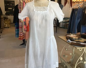 1930's White Dress with Lace - sz xs/s