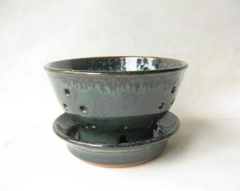 Pottery Berry Bowl, Ceramic Berry Bowl, Berry Bowl made in Stoneware