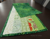 Quilted Table Runner Fiber Art Wall Hanging Modern Table Runner Kitchen Decor Green Table Runner Center Piece Quilted Table Setting Quilt