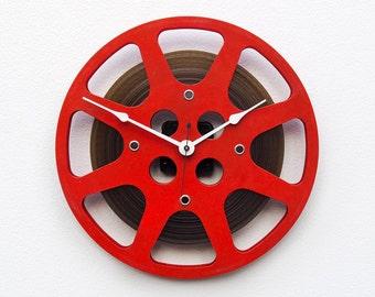 Movie Lover Clock, Theater Decor, Photographer gift, Filmmaker Gift, Unique Wall Clock, 16 mm Film Reel Wall Clock, Steampunk Wall Clock