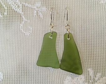 Beautiful olive green sea glass inspired tumble glass earrings TrAsH gLaSs silver plated wires