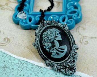 VINTAGE LOLITA - Dia De Los Muertos Blue Skull Lolita Cameo Necklace