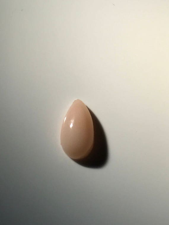 Angel Skin Coral Teardrop Cabochon (1.5 ct)
