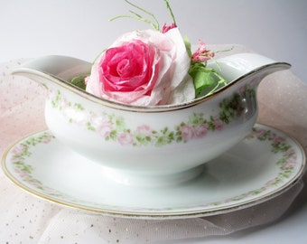 Vintage Gravy Boat Tirschenreuth Pink Rose - Shabby Sweet