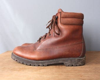 vintage mens hiking boots 9M / brown leather boots womens 11 / lace up ankle boots