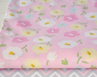 4367 - Flower & Wave Cotton Fabric - 62 Inch (Width) x 1/2 Yard (Length)