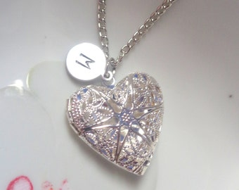 Locket Necklace, Heart Locket Necklace Heart Locket, Girlfriend Gift, Wife Gift, Jewelry, Gifts for Her, Personalized Initial Necklace